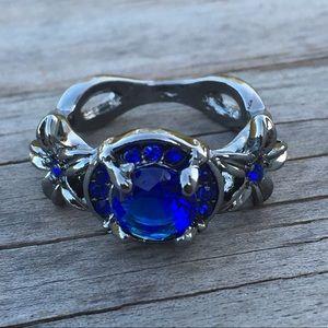 Blue Sapphire flower black gold fashion ring